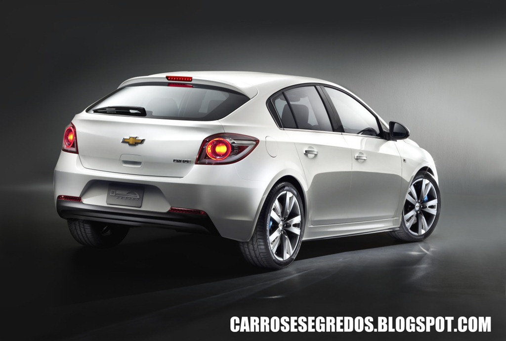 Chevrolet Cruze hatch 1