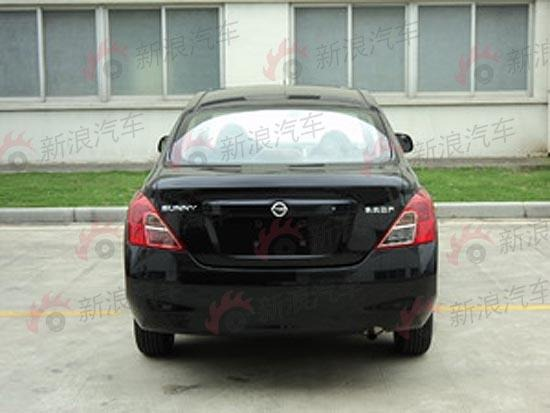 The-most-revealing-Spyshots-and-Spec-of-next-generation-Nissan-SunnyTiida-LatioVersa_2