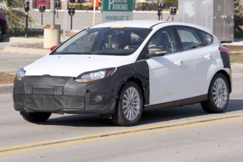 2012-Ford-Focus-Electric