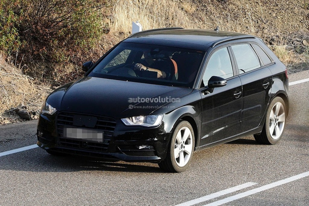 Novo flagra do Audi A3 Sportback 2013