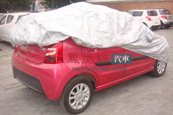 Suzuki Alto é flagrado com facelift na China