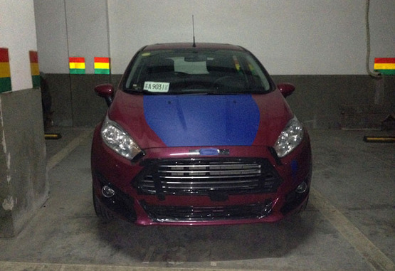 Ford Fiesta reestilizado é flagrado na China