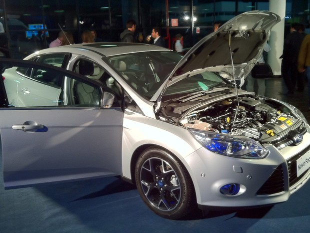Novo motor Duratec Direct é revelado pela Ford no novo Focus Sedan