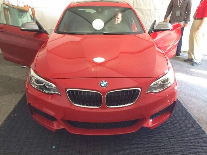 Novo BMW M235i é flagrado sem disfarces