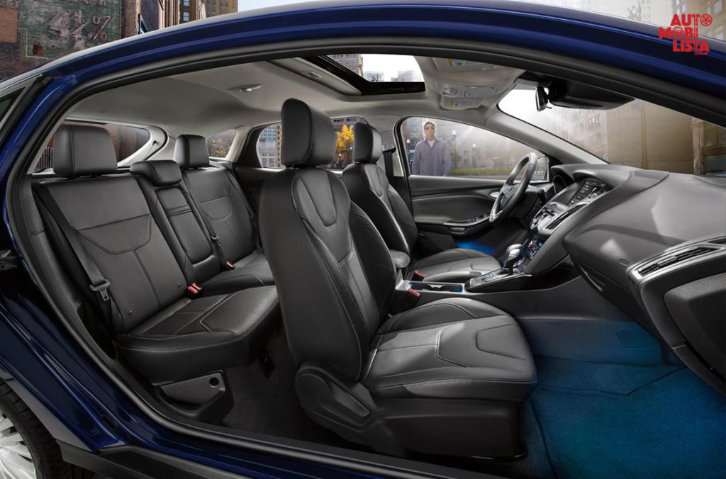 Interior do Ford Focus Hatch 2016. Foto: Divulgação.